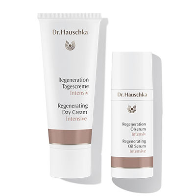 Dr. Hauschka Regeneration Intensiv: Verbessert die Hautfestigkeit. Stärkt die Widerstandskraft. Schützt langanhaltend. Bewahrt die Feuchtigkeit.