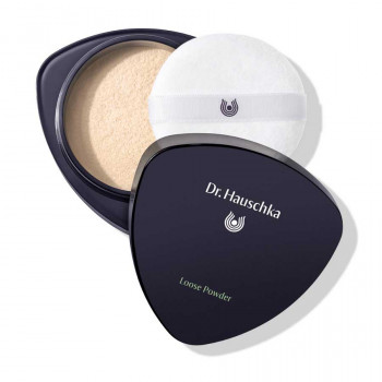 Dr. Hauschka Foundation 02 almond